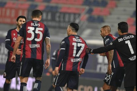 Luis Fernando Muriel Fruto scored two in two minutes but Bologna salvaged a point with two late goals against Atalanta.