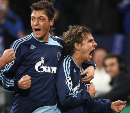 Özil, Rafinha, Schalke
