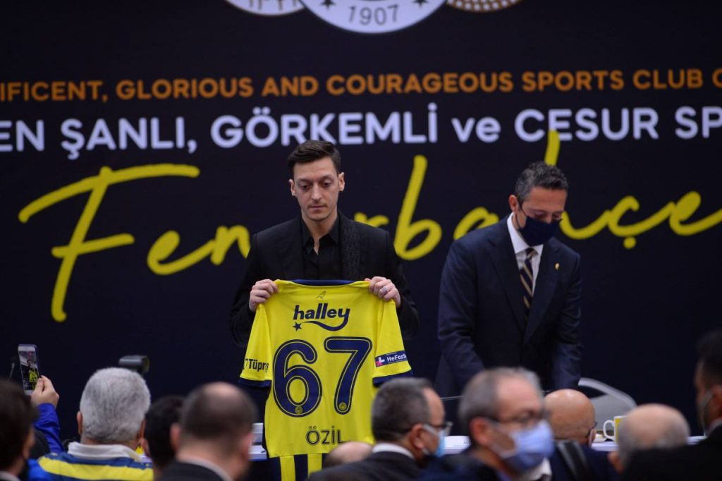 Mesut Özil Fenerbahce Transfer