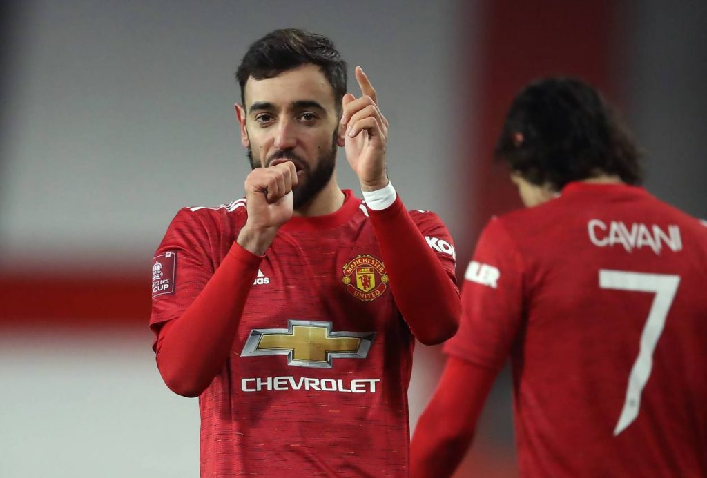 Bruno Fernandes is the first man to win player of the year award four times in a calendar year.