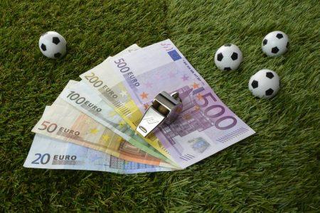 Geld, Pfeife, Wetten,Symbol