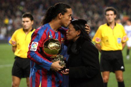 Ronaldinho Mutter Corona