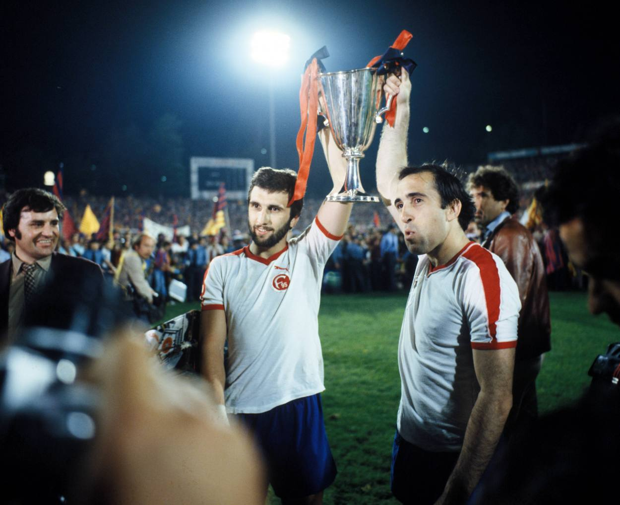 Hans Krankl gewinnt mit dem FC Barcelona den Europacup der Pokalsieger gegen Fortuna Düsseldorf.