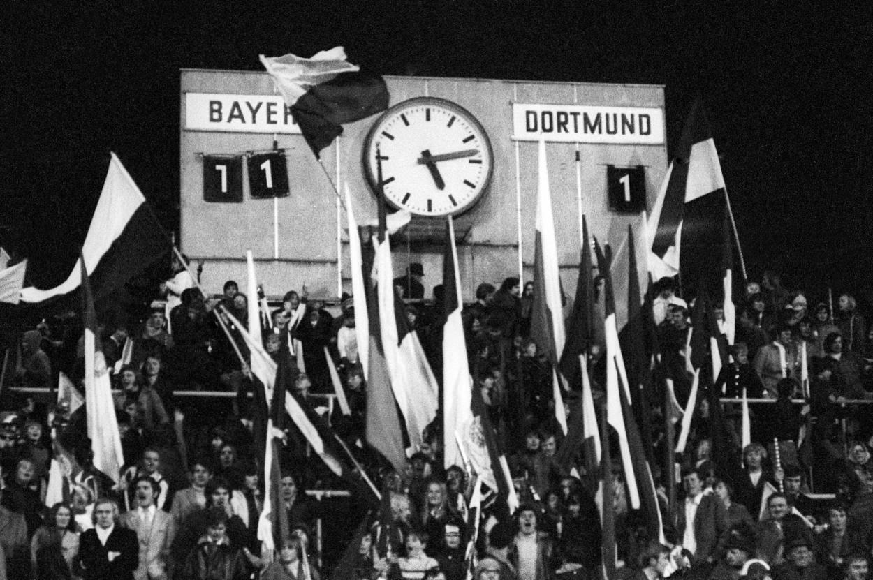 Der FC Bayern schlägt den BVB in der Saison 1971/72 mit 11:1.